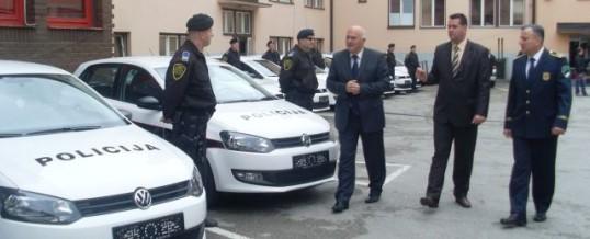 Svečana primopredaja novih policijskih vozila