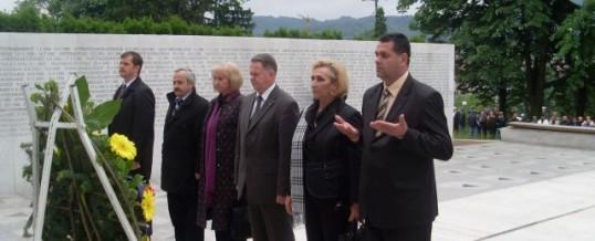 Ministar MUP TK-a odao počast poginulim braniteljima u povodu obilježavanja 15. maja