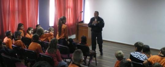 PU Tuzla/PS Istok – Održano edukativno predavanje za učenike osnovne škole