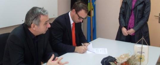 Potpisan Ugovor između MUP TK i osam pripravnika