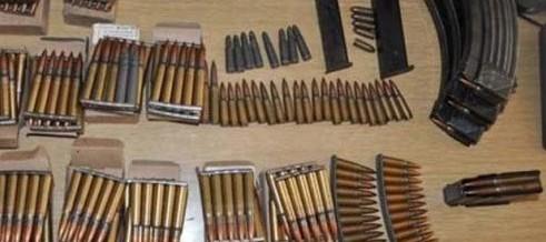 U pretresu pronađeno oružje, municija i opojna droga