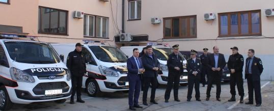 Promocija pet novih službenih vozila