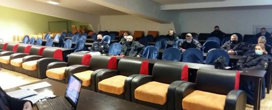 """Najava aktivnosti """"od vrata do vrata"""" – održan sastanak policije i studenata"""