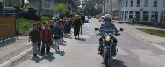 Prevetnivne aktivnosti policije povodom početka nove školske godine