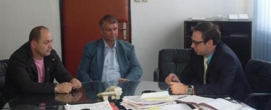 """Sastanak ministra MUP-a TK sa predstavnicima UG """"Evropski put Roma"""" Tuzla"""