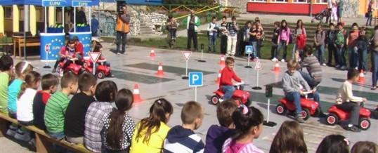 Mini auto-škola za učenike