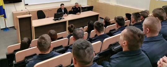 Direktor Uprave policije posjetio polaznike Policijske akademije FMUP-a